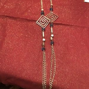 💍4 for $12 Long silver and blue necklace